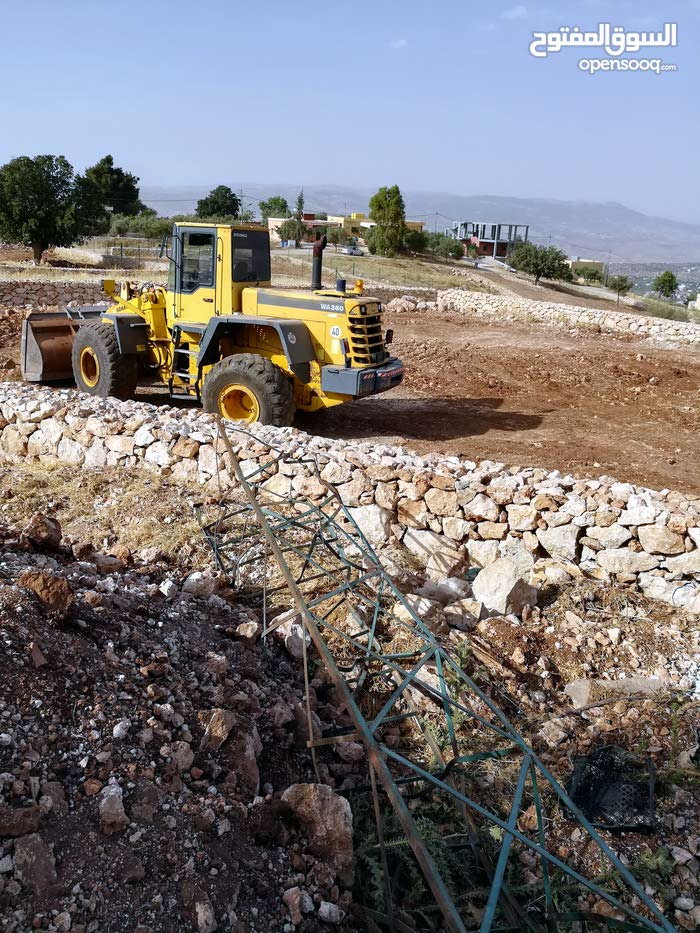 Bulldozer in Salt is available for sale