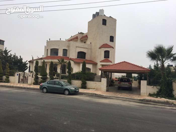 فيلا / قصر للبيع - شفا بدران