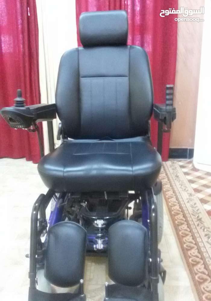 كرسي كهربائي معوقين شحن غير مسخدمه يعني جديده ما ماشيه
