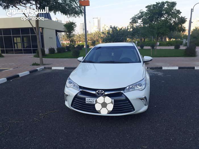 Toyota Camry GLX 2017