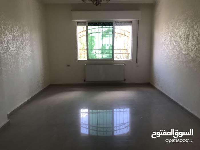 Third Floor apartment for rent - Jubaiha