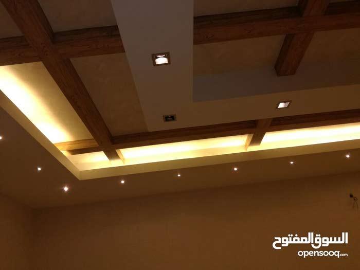 شقة مساحة 300م مميزة جداً للبيع منطقة فلل/ ضاحية الياسمين 60