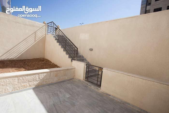 Basement apartment for sale - Jubaiha