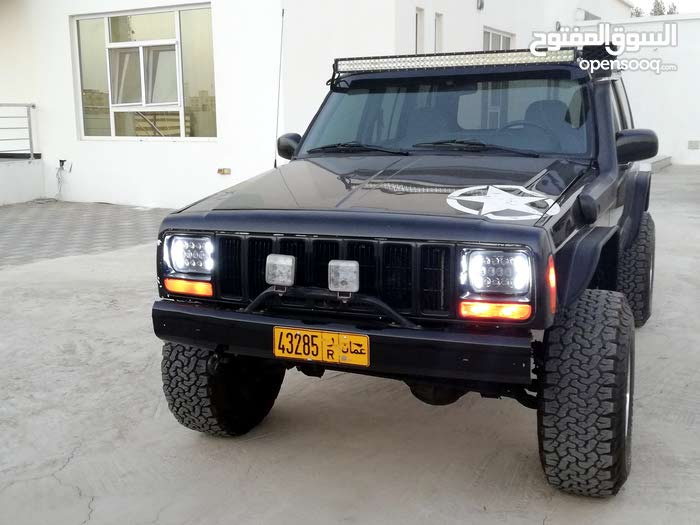 Used condition Jeep Cherokee 1998 with 110,000 - 119,999 km mileage