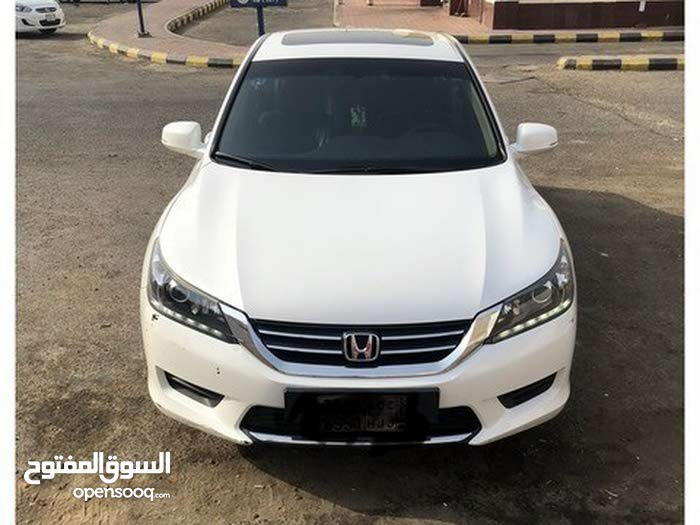 Honda Accord made in 2015 for sale