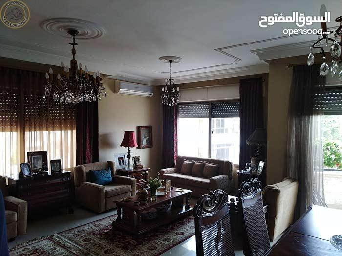 شقة مميزة للبيع في الامير راشد طابق ثالث 170م تشطيب سوبر ديلوكس اطلالة رائعة