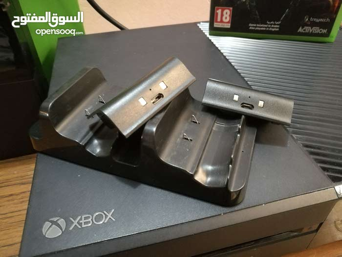 Xbox 1  واحد تيره