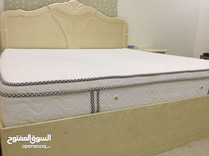 Available for sale in Buraidah - Used Bedrooms - Beds
