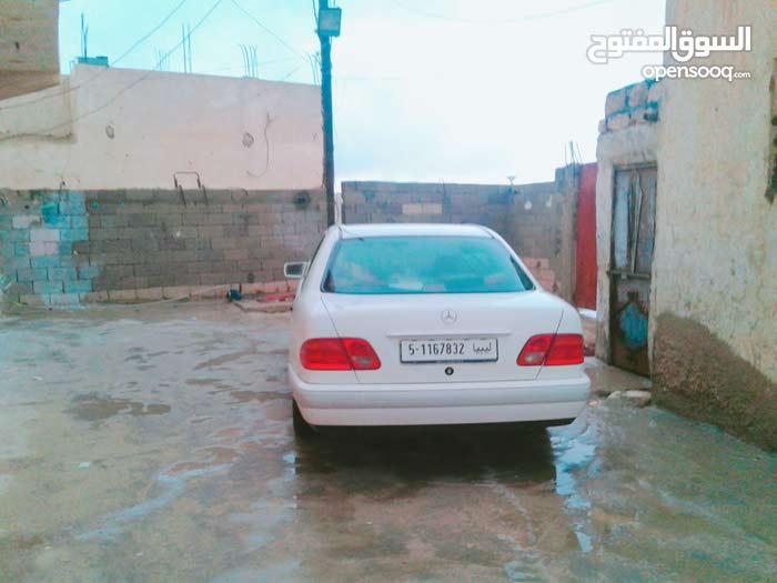 2000 Mercedes Benz in Tripoli