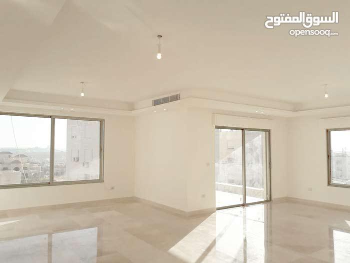 شقة طابقية 370م للبيع في عبدون