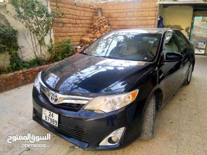 Available for sale! 60,000 - 69,999 km mileage Toyota Camry 2014