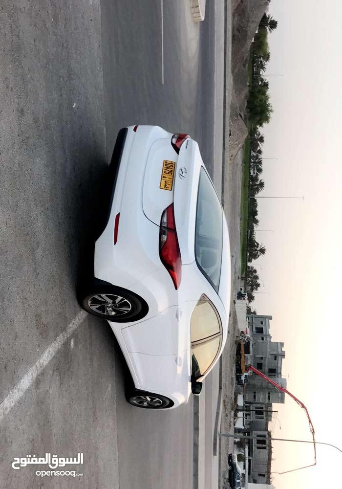 Available for sale! 30,000 - 39,999 km mileage Hyundai Elantra 2016