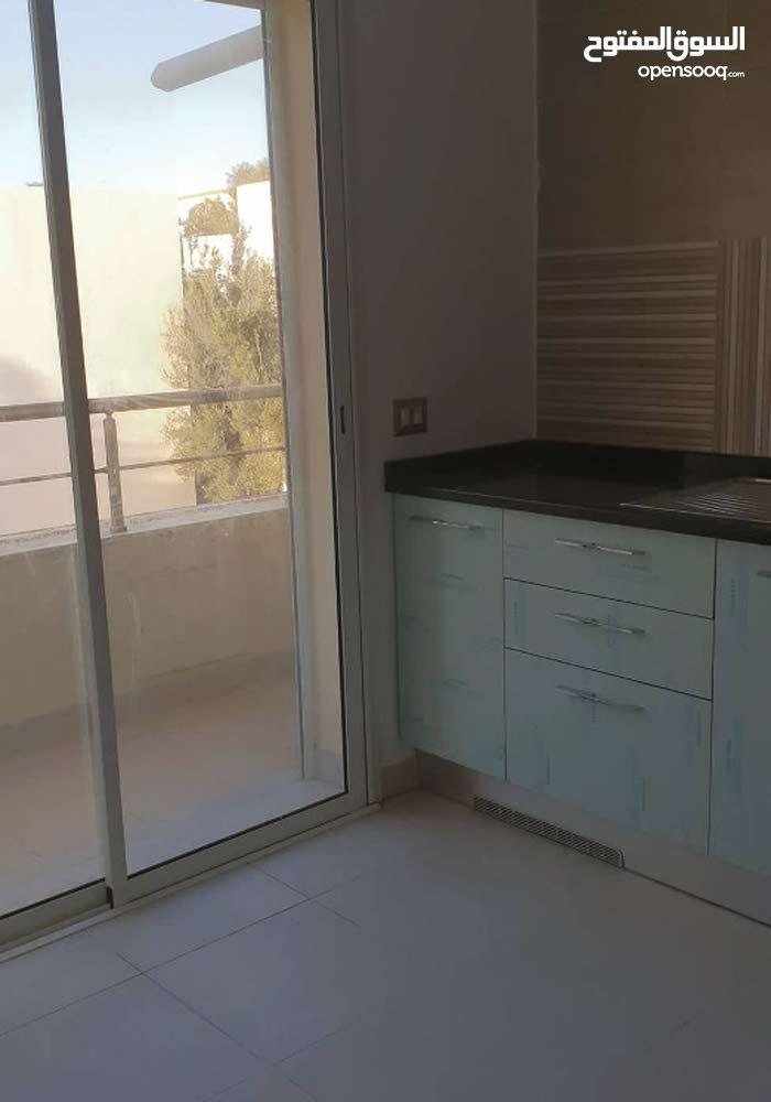 شقة جميلة في سقانص