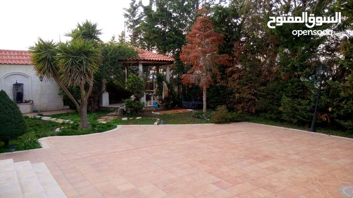 Villa for sale - best property building age 6 - 9 years