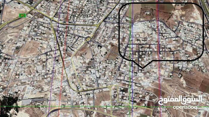 أرض سكني مميزة جدا للبيع مساحة دونم و 256م/ الحويطي 18