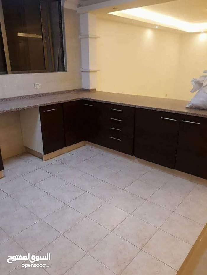 شقة جديدة كأنها لم تسكن خلدا قرب دوار الهمشري
