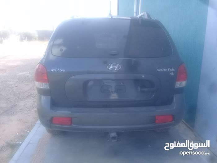 New 2005 Santa Fe in Tripoli