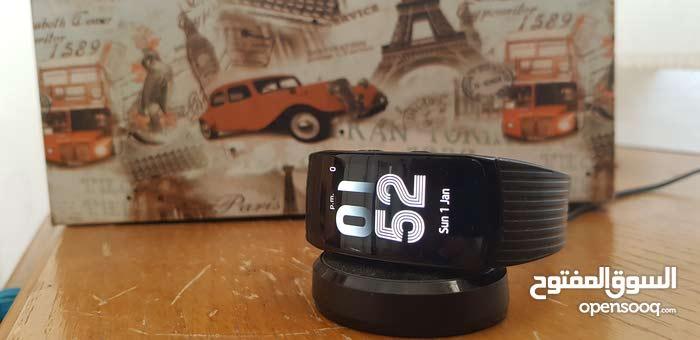 للبيع المستعجل ساعة samsung gear fit 2 pro اصلية
