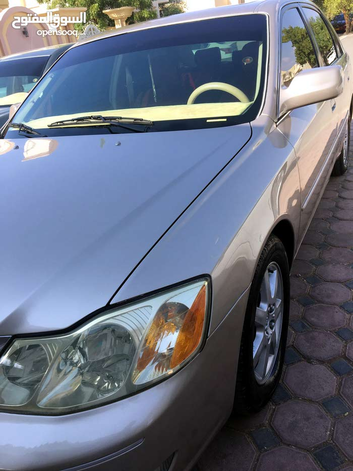 Toyota Avalon car for sale 2002 in Buraimi city