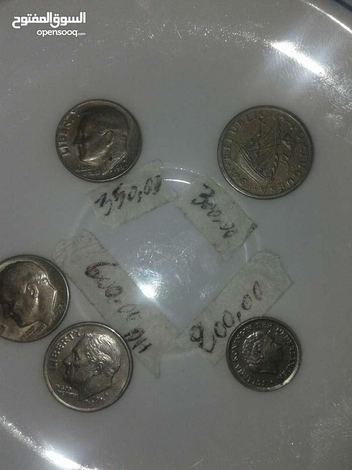 طوابع ونقود