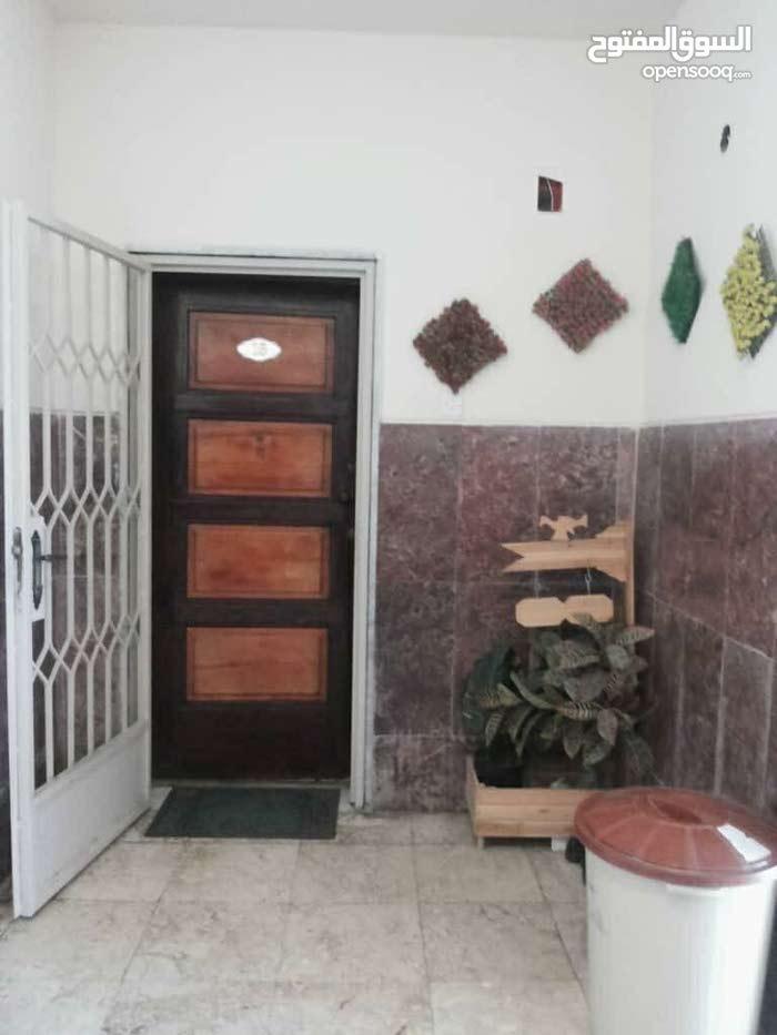 130 sqm  apartment for sale in Tripoli