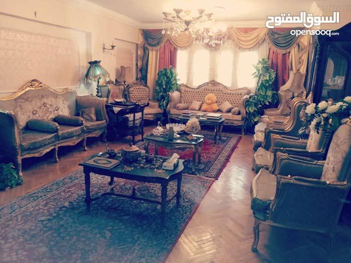 شقة لقطة 160م للبيع بمدينة نصر قرب السراج مول والوفاء والامل