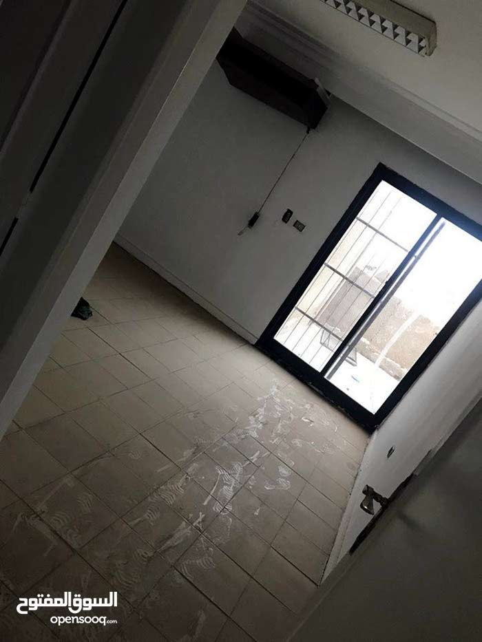 لهواة التميز افضل فيلا دبلكس للبيع او للايجار في المهندسين في شارع السودان