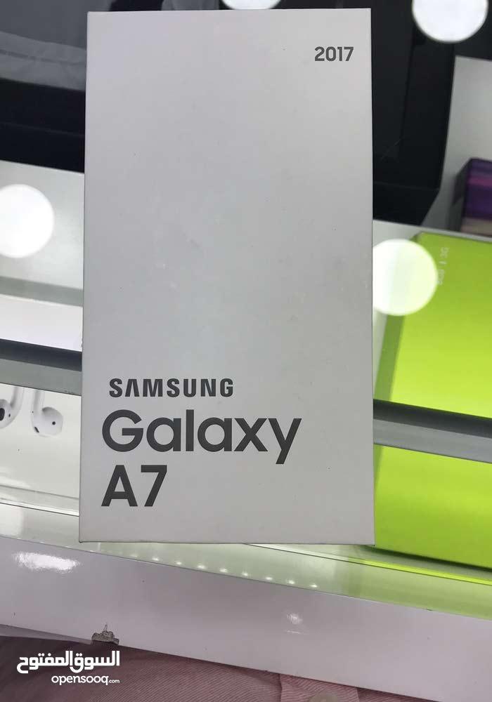 سامسونج للبيع A7 2017 لون زهري