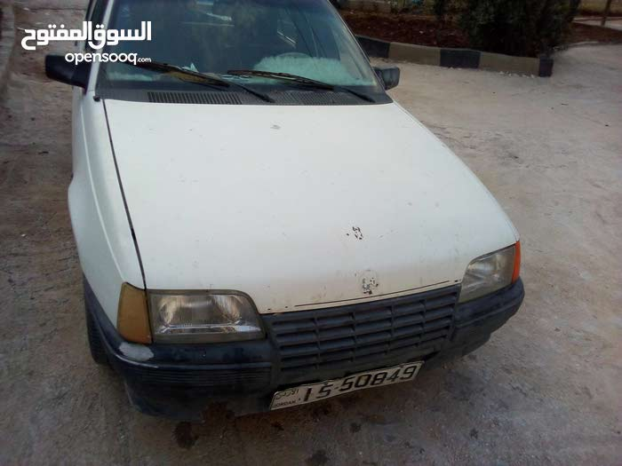 Used condition Opel Kadett 1987 with 20,000 - 29,999 km mileage