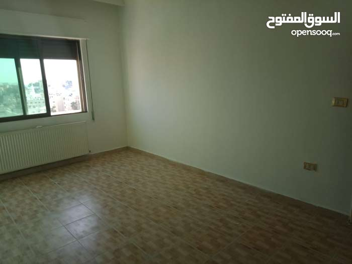 Sports City apartment for sale with 3 rooms