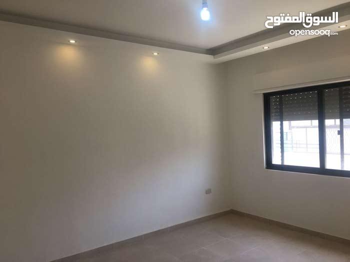 شقة جديدة للبيع في الجاردنز