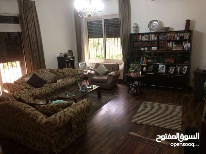 Villa for sale with 5 rooms - Amman city Al Rabiah