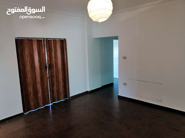 building is 6 - 9 years has an apartment for sale