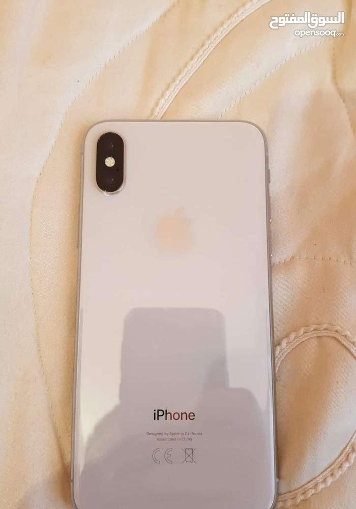 iphone x 64GB blanc 99% avec chargeur
