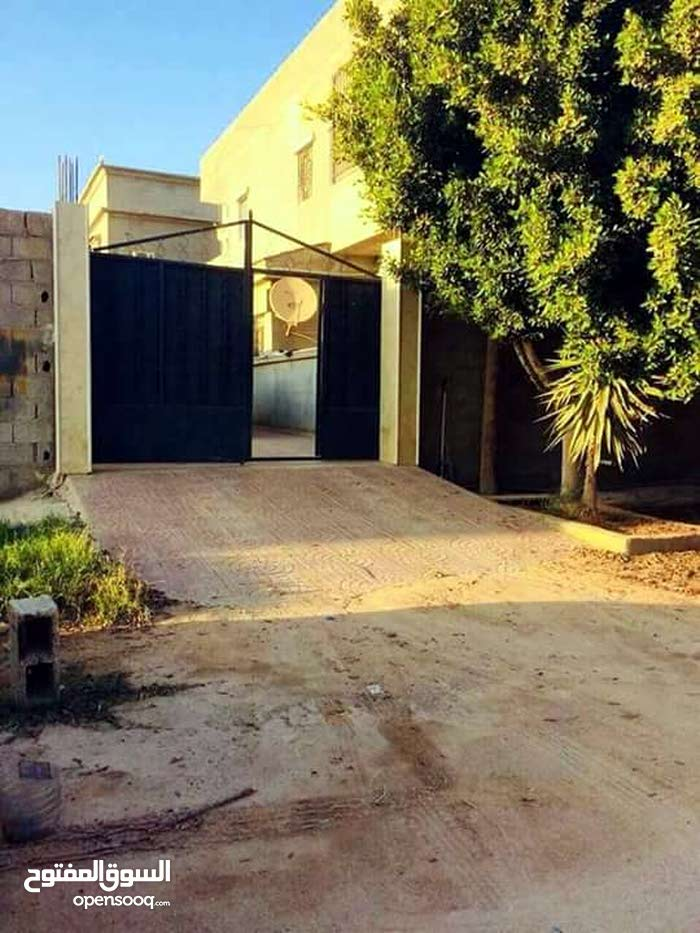 apartment in building 10 - 19 years is for sale Benghazi