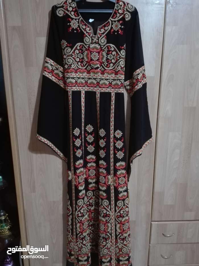 ملابس للبيع اشي جديد واشي ملبوس مره
