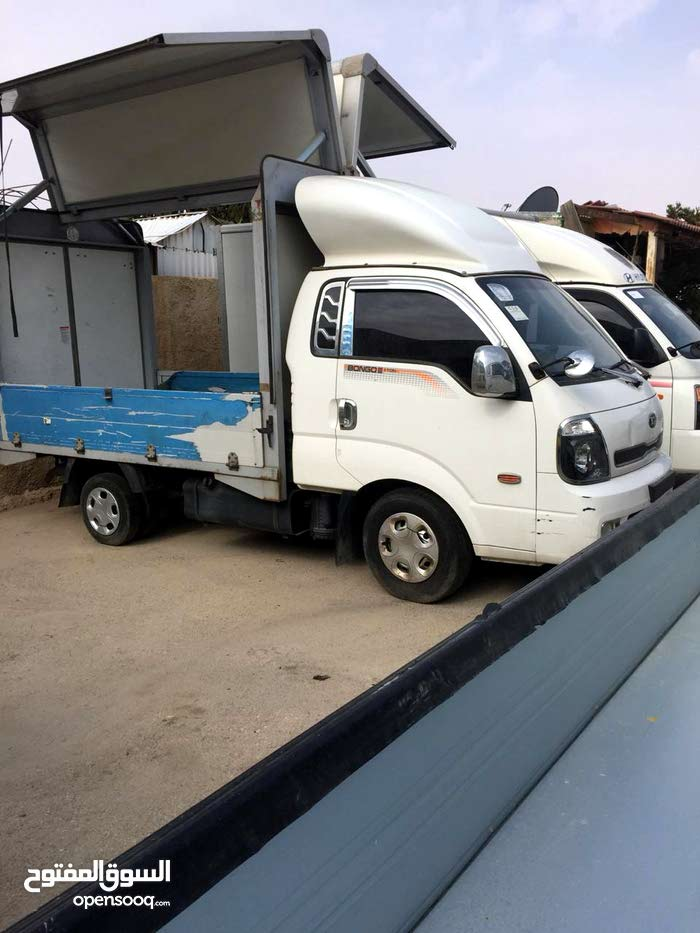 90,000 - 99,999 km Kia Bongo 2015 for sale