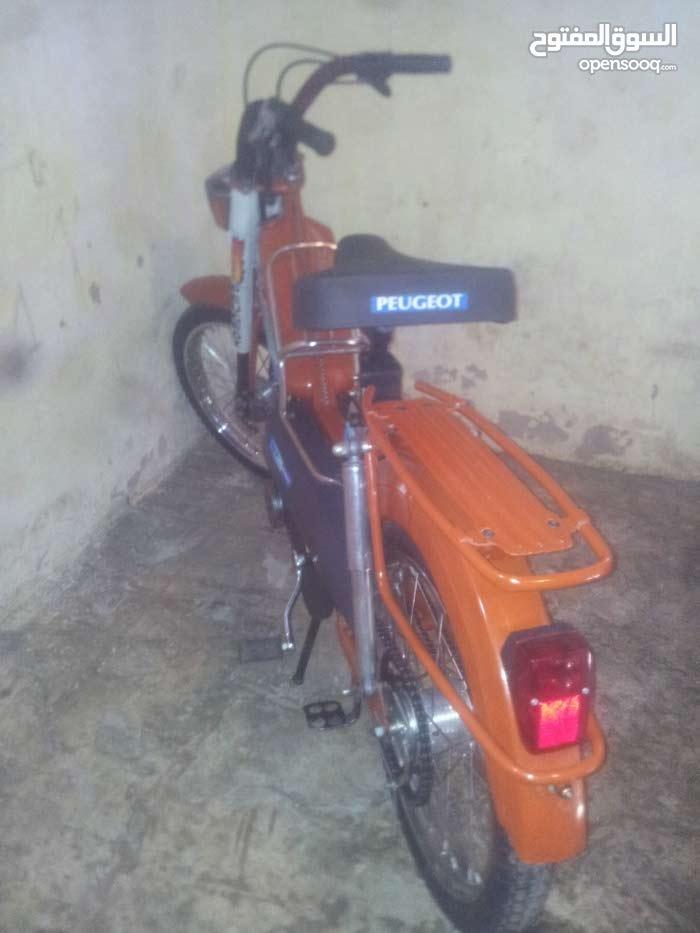 عندي دراجة نارية 103