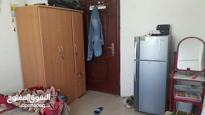 غرفة للايجار / Room for rent