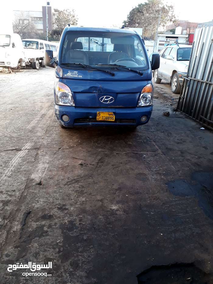 For sale Hyundai Porter car in Tripoli