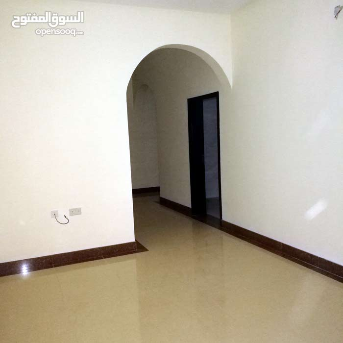 للايجار شقة في سند 3 غرف