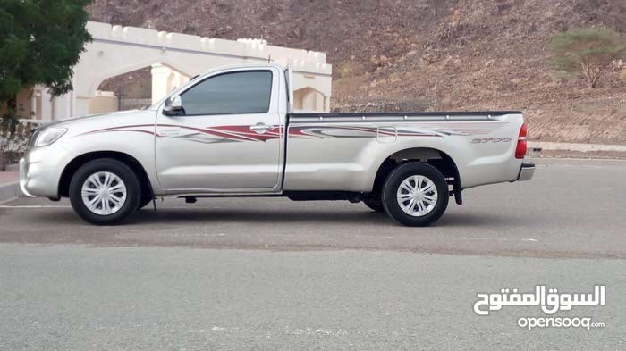 Toyota Hilux 2013 For sale - Silver color