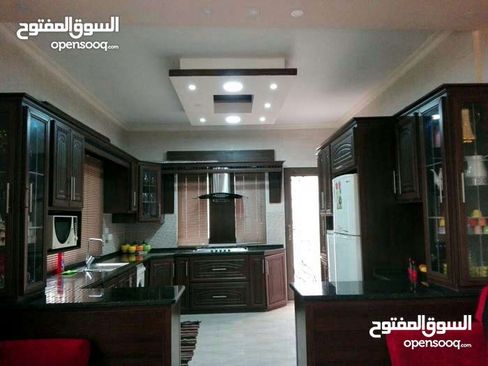 apartment is available for sale - Al Huson Street
