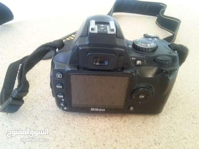 كاميرا نيكون D40