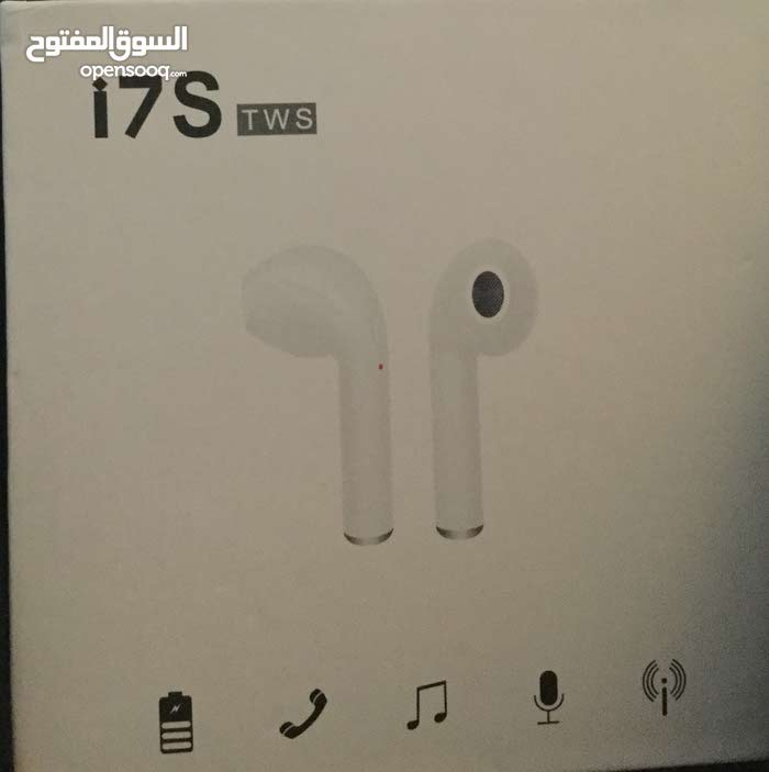 airpods for sale not used white color (good condition)