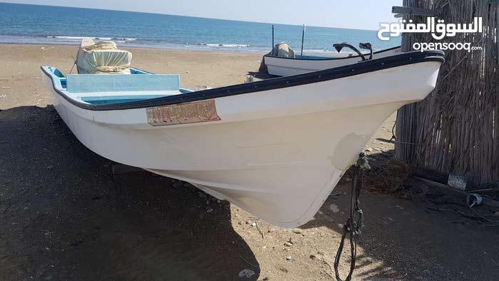 قارب 23 قدم -مكينة 60