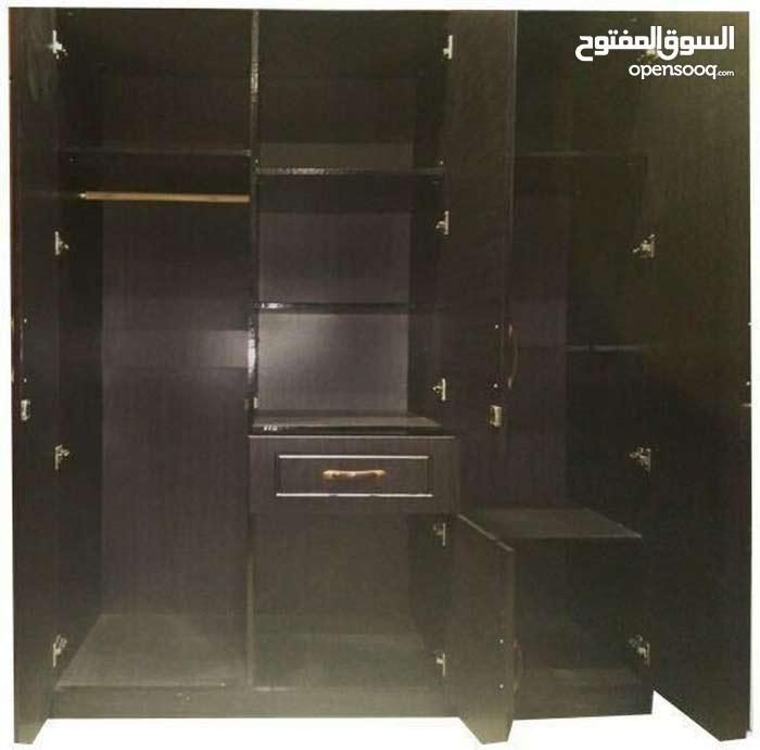 دولاب 3 درفه به مرايا كبيره - Wardrobe wooden 3door Brown 200x150x55cm with a big mirror