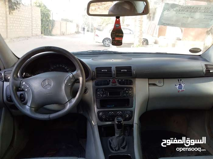 Manual Mercedes Benz 2004 for sale - Used - Tripoli city