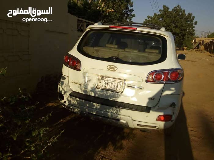 Used Hyundai Santa Fe for sale in Omdurman