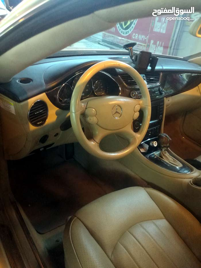 For sale Mercedes Benz CLS 500 car in Southern Governorate
